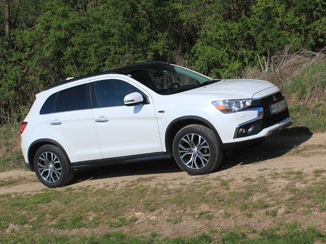 Mitsubishi asx 2 2 di d at 4wd instyle testbericht 009