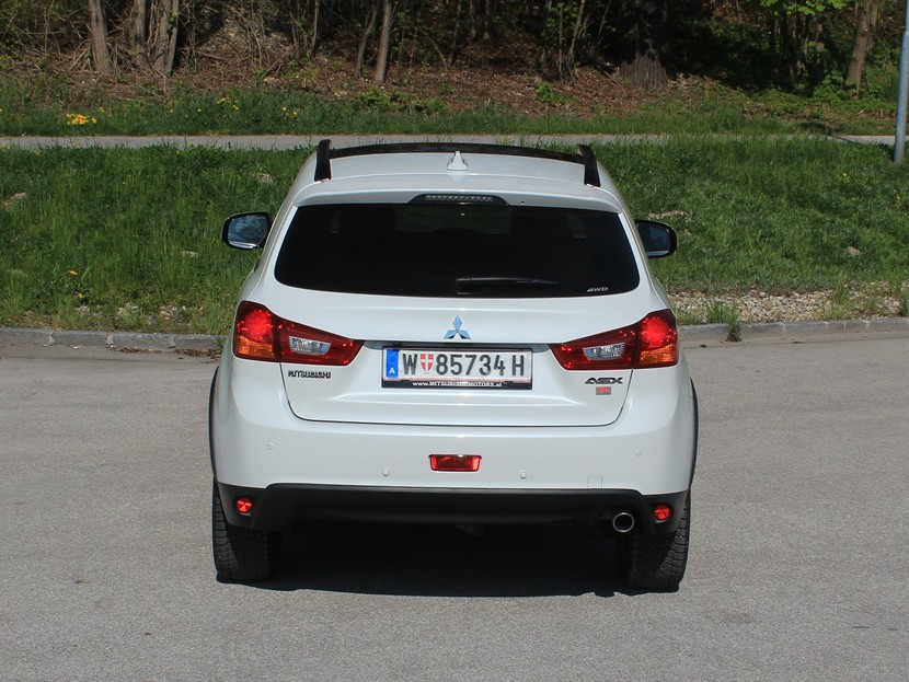 Mitsubishi asx 2 2 di d at 4wd instyle testbericht 032