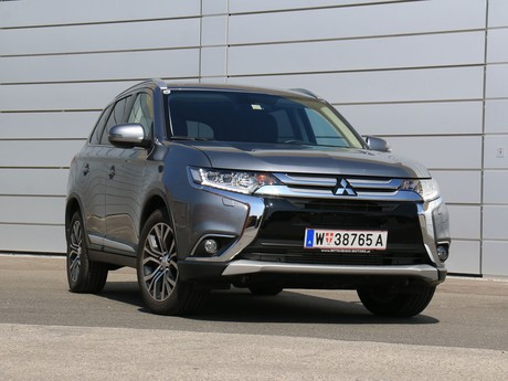 Mitsubishi outlander 2 2 di d 4wd at instyle testbericht 001