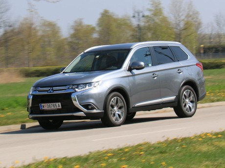 Mitsubishi outlander 2 2 di d 4wd at instyle testbericht 008