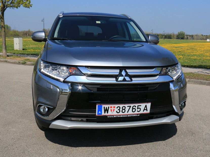 mitsubishi outlander 2 2 di d 4wd testbericht auto. Black Bedroom Furniture Sets. Home Design Ideas