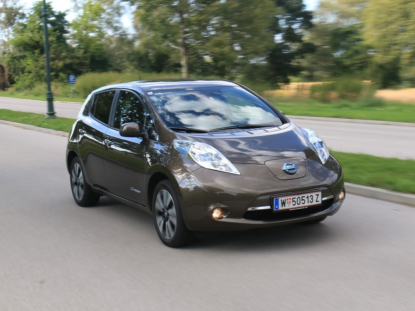 testbericht nissan leaf mit neuer 30 kwh batterie auto. Black Bedroom Furniture Sets. Home Design Ideas