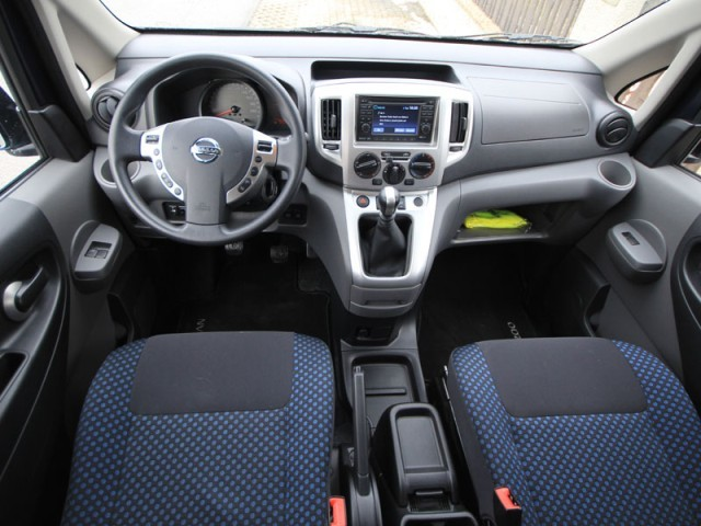 nissan nv200 evalia testbericht auto. Black Bedroom Furniture Sets. Home Design Ideas