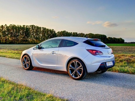 opel astra gtc sport 2 0 cdti testbericht auto motor. Black Bedroom Furniture Sets. Home Design Ideas