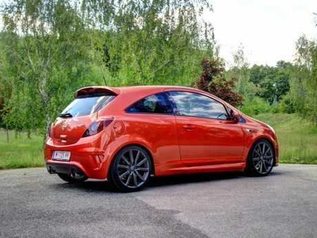 opel corsa opc n rburgring edition testbericht auto. Black Bedroom Furniture Sets. Home Design Ideas