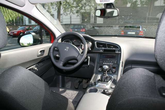 crossover peugeot 3008 im test auto. Black Bedroom Furniture Sets. Home Design Ideas