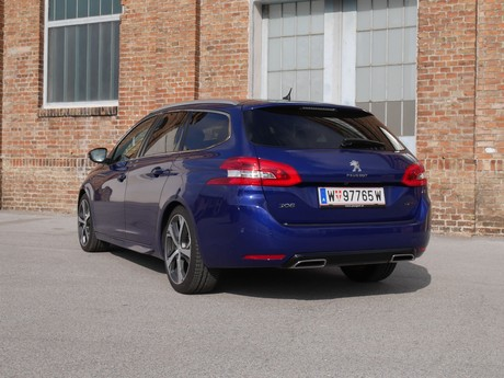 Peugeot 308 sw gt 2 0 bluehdi 180 at testbericht 002