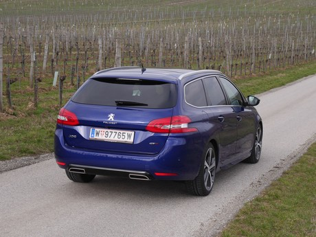 Peugeot 308 sw gt 2 0 bluehdi 180 at testbericht 013