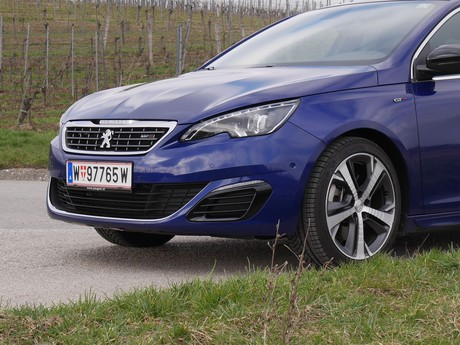 Peugeot 308 sw gt 2 0 bluehdi 180 at testbericht 023