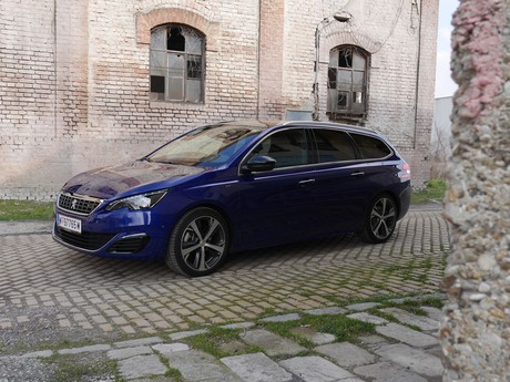 Peugeot 308 sw gt 2 0 bluehdi 180 at testbericht 025