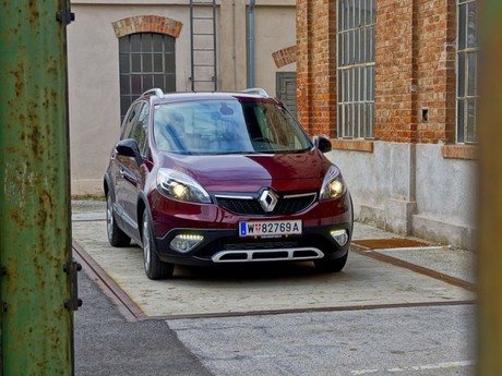Renault scenic xmod bose edition energy dci 130 testbericht 011