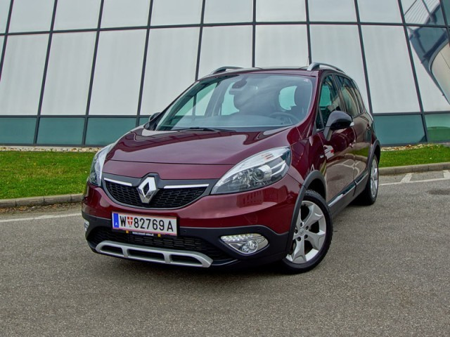 foto renault scenic xmod bose edition energy dci 130. Black Bedroom Furniture Sets. Home Design Ideas