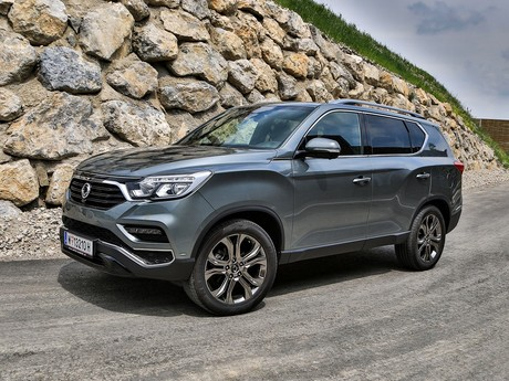 Ssangyong rexton g4 2 2 4wd at icon testbericht 008