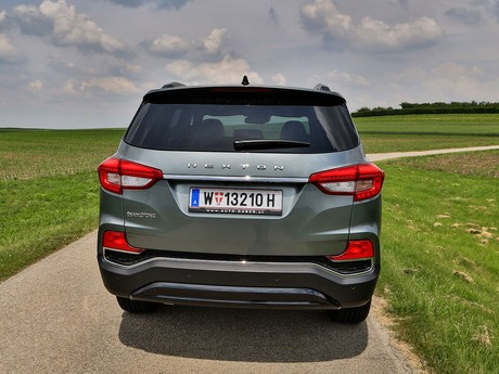 Ssangyong rexton g4 2 2 4wd at icon testbericht 015