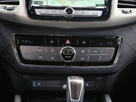 Ssangyong rexton g4 2 2 4wd at icon testbericht 020