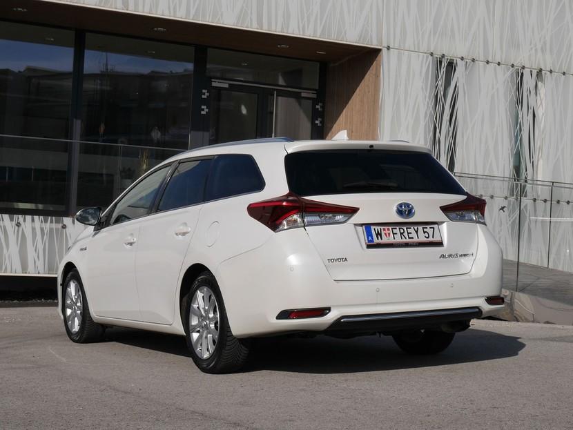toyota auris touring sports hybrid - testbericht ::: auto-motor.at :::