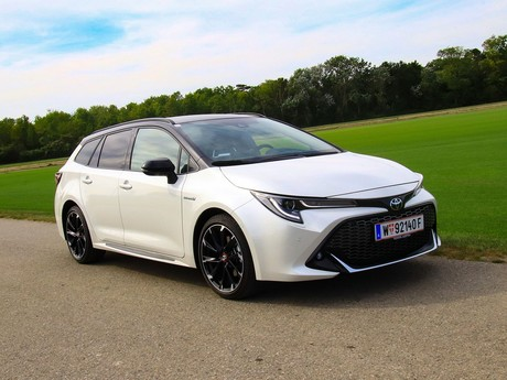 Toyota Corolla TS GR-S Frontansicht