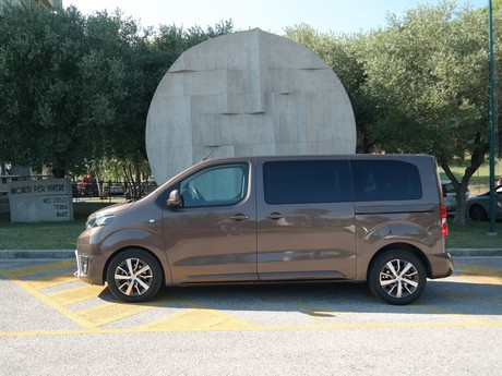 Toyota Proace Verso Family