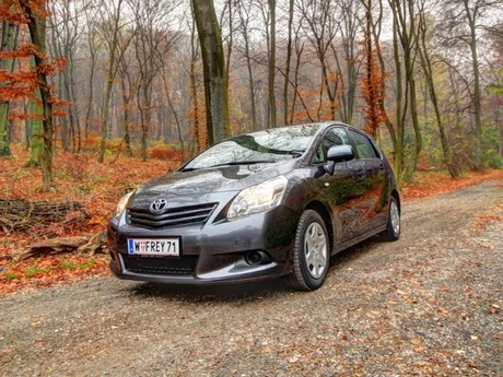 Toyota verso 2 0 d 4d 125 young testbericht 010