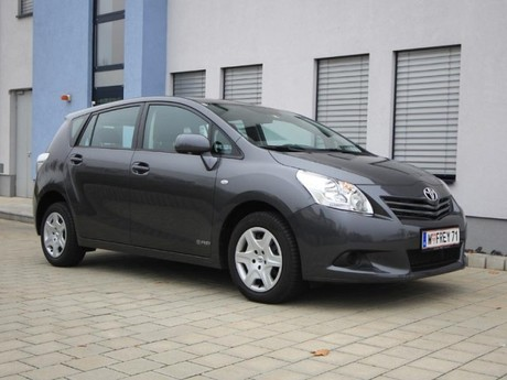 Toyota verso 2 0 d 4d 125 young testbericht 012