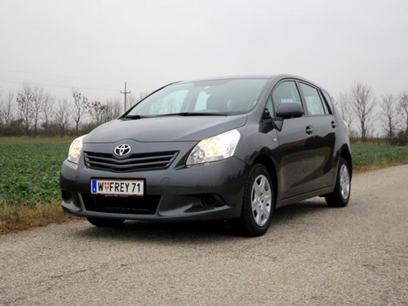 Toyota verso 2 0 d 4d 125 young testbericht 015