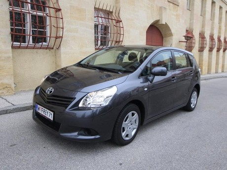 Toyota verso 2 0 d 4d 125 young testbericht 020
