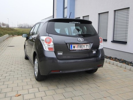 Toyota verso 2 0 d 4d 125 young testbericht 024