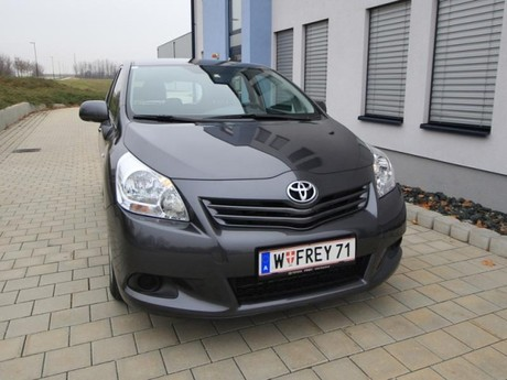 Toyota verso 2 0 d 4d 125 young testbericht 027