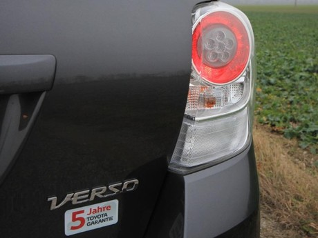 Toyota verso 2 0 d 4d 125 young testbericht 030