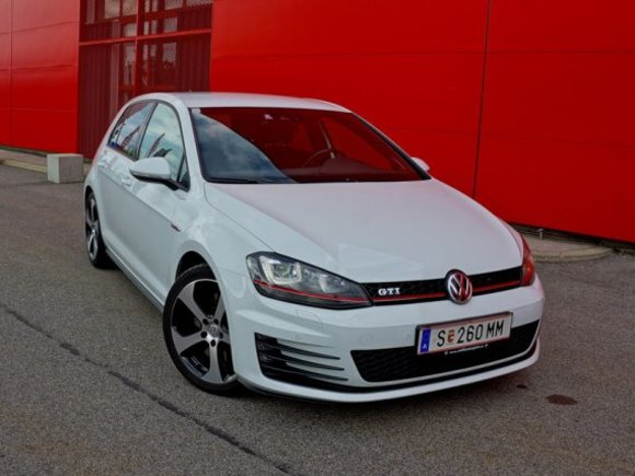 VW Golf GTI Performance