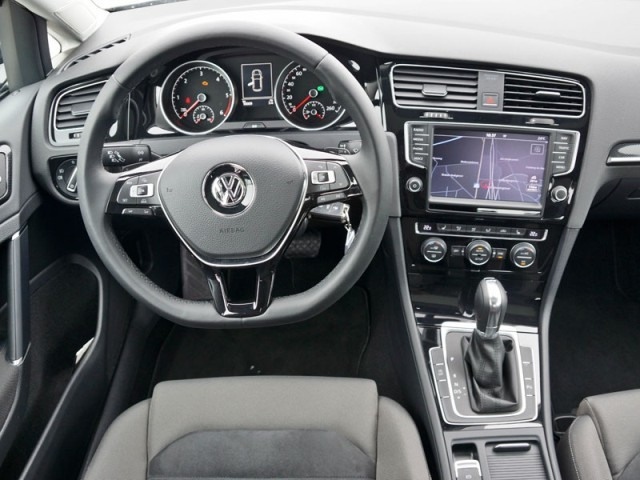 vw golf vii 1 6 tdi dsg testbericht auto. Black Bedroom Furniture Sets. Home Design Ideas