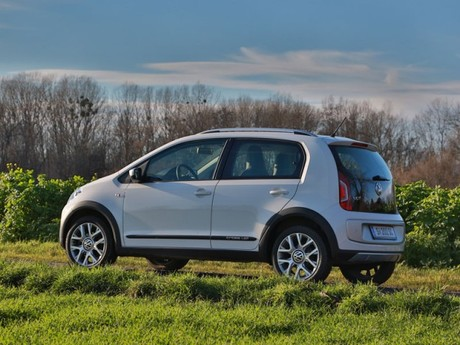 Vw cross up testbericht 010