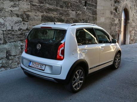 Vw cross up testbericht 017