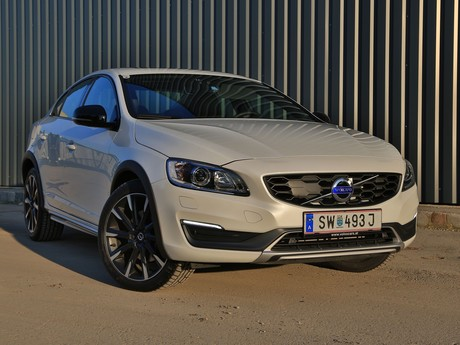 Volvo s60 cross country d4 awd at summum testbericht 001