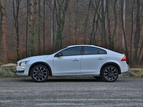 Volvo s60 cross country d4 awd at summum testbericht 003