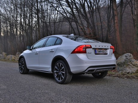 Volvo s60 cross country d4 awd at summum testbericht 011
