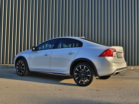 Volvo s60 cross country d4 awd at summum testbericht 022