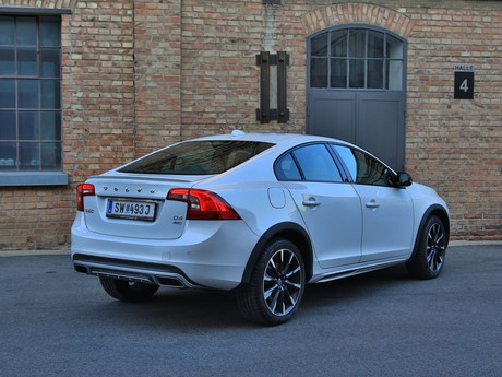 Volvo s60 cross country d4 awd at summum testbericht 025
