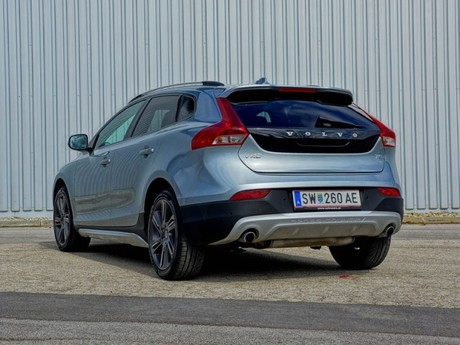 Volvo v40 cross country t5 awd geartronic testbericht 002
