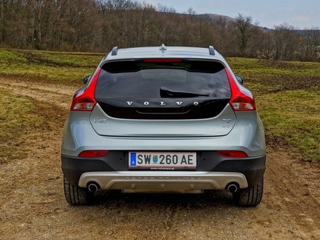 Volvo v40 cross country t5 awd geartronic testbericht 012