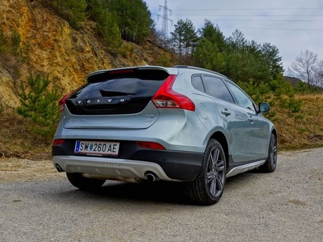 Volvo v40 cross country t5 awd geartronic testbericht 014