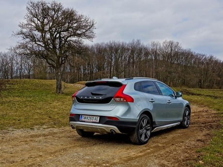 Volvo v40 cross country t5 awd geartronic testbericht 016