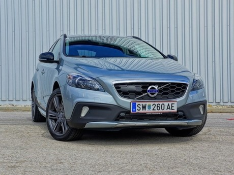 Volvo v40 cross country t5 awd geartronic testbericht 024