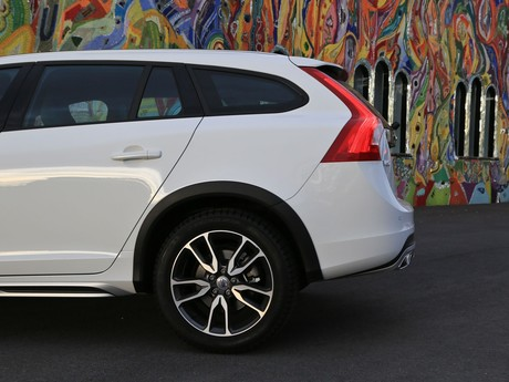 Volvo v60 cross country d4 awd geartronic kinetic testbericht 022