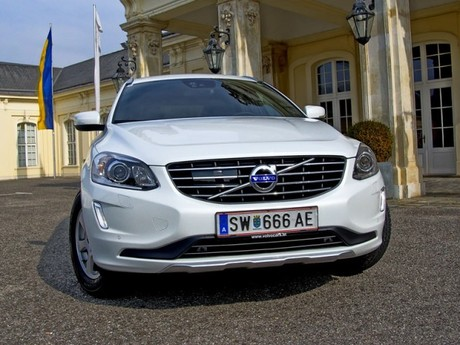 volvo xc60 d4 testbericht auto. Black Bedroom Furniture Sets. Home Design Ideas