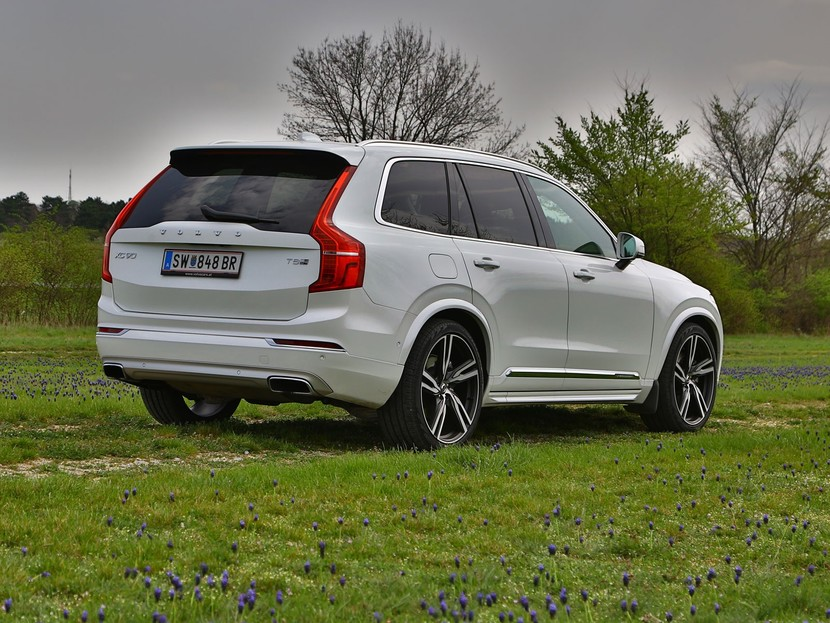 volvo xc90 t8 hybrid testbericht auto. Black Bedroom Furniture Sets. Home Design Ideas
