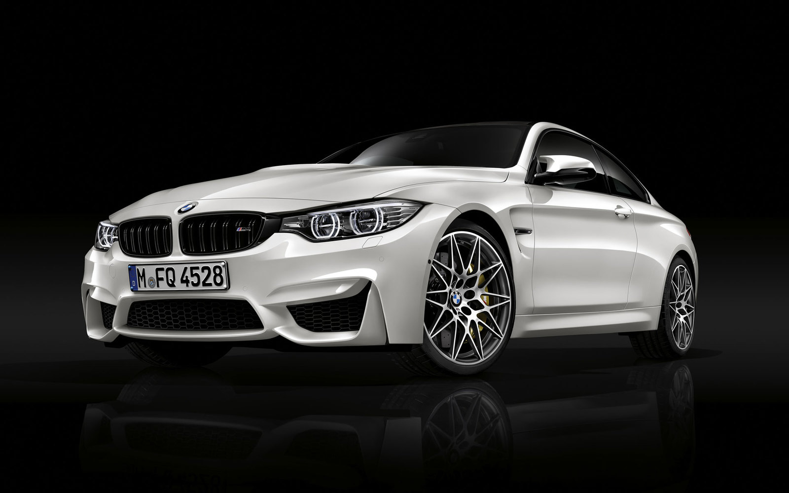 BMW M4 Competition Paket