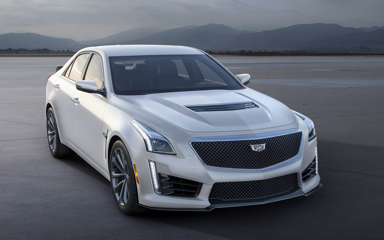 Cadillac CTS-V White Frost Edition