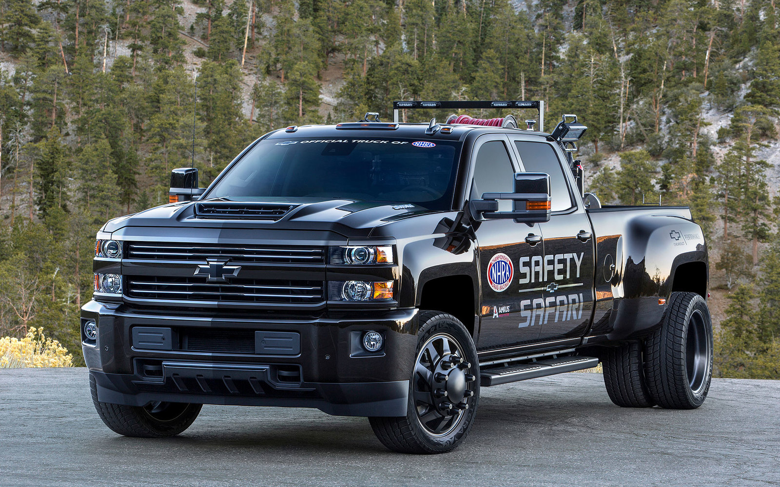 Chevrolet Silverado Safety Safari 3500HD