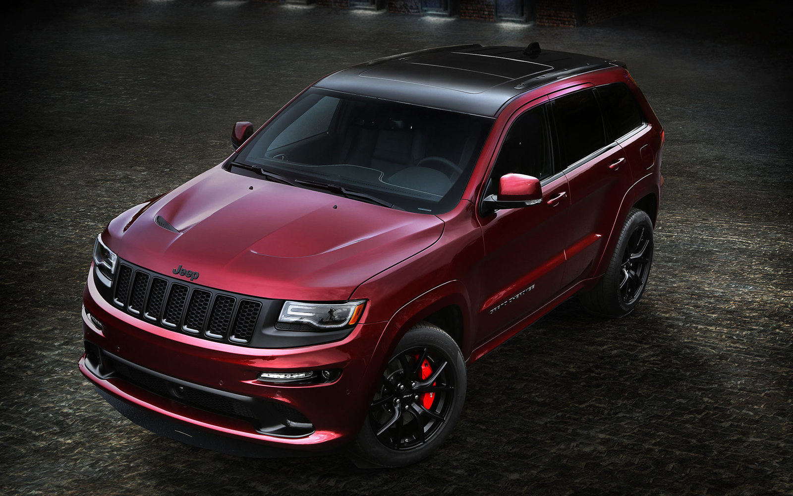 Jeep Grand Cherokee SRT Night Edition